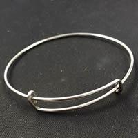 Bangle armband silverfärgat