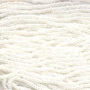 Seedbeads tjeckiska 11/0 white pearl