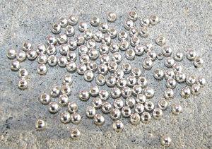 Kulor silverfärg 4mm
