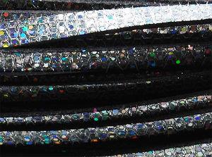 Läderrem platt 10mm silverglitter 20cm