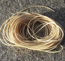 Vaxad polyestertråd 1mm beige 10m