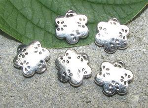 Metallpärlor blommor mönstrade 13mm