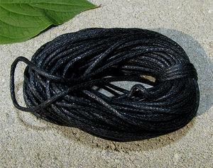 Vaxad bomullstråd 1.5mm svart 10m