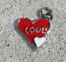 Berlock emalj hjärta LOVE