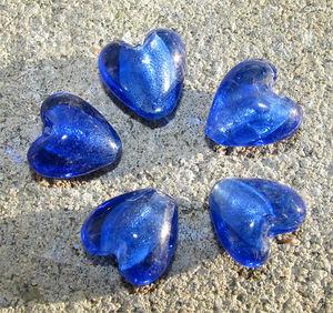 Hjärtan silverfoil 12mm klarblå