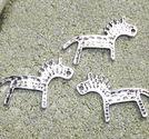 Berlocker hästar runor 19x29mm 3st