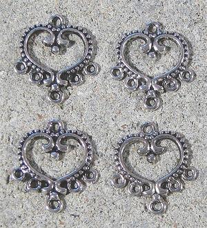 Connectors hjärtan 4st antiksilver