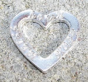 Budskapshjärta LOVE - FAITH - HOPE