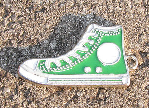 Berlock emalj basketsko grön