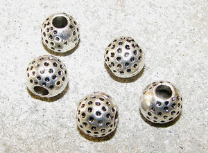 Metallpärlor prickiga 10mm 5st