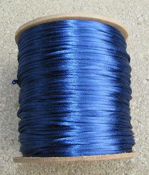 Satintråd 2mm royalblå 3 meter