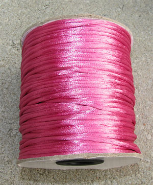 Satintråd 3mm fuchsia 3 meter