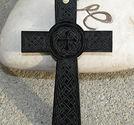 Plexiglas hänge keltiskt kors svart